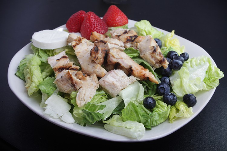 Weight Loss Recipes Summer Chicken And Berry Salad