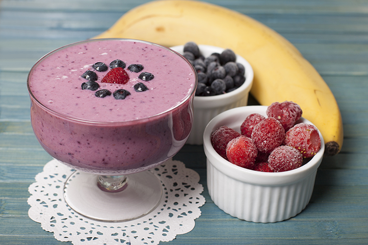 Smoothie Recipes for weight Loss- Banana Blueberry Smoothie