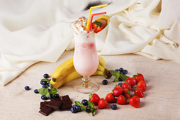 Smoothie Recipes for weight Loss- Bananaberry Smoothie With Chocolate
