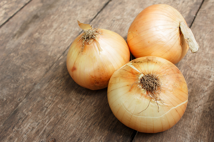 Best Veggies For Weight Loss-Onions
