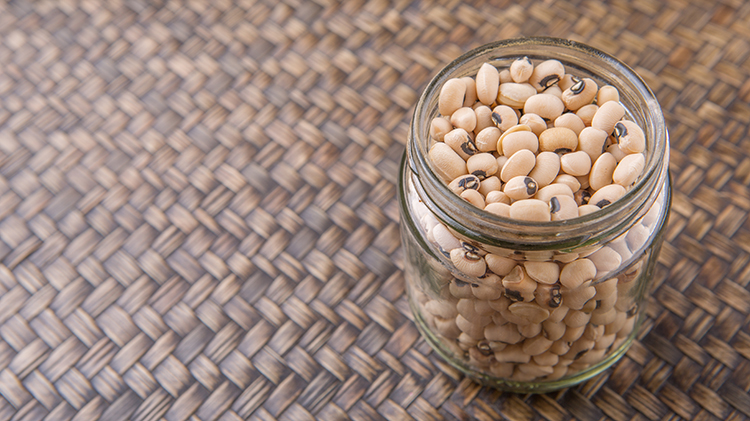 Best Veggies For Weight Loss-Black eyed peas