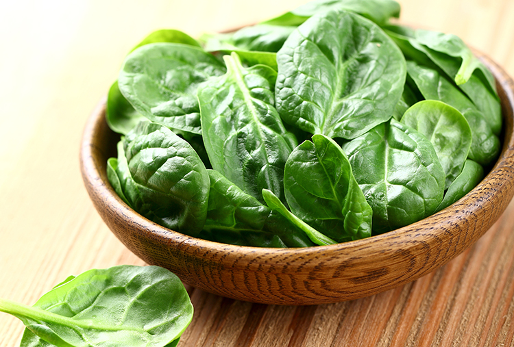 Foods That Reduce Bloating-Spinach