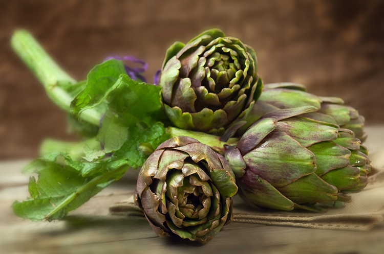 Foods That Reduce Bloating-Artichokes
