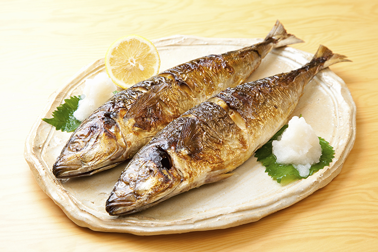 Foods That Reduce Bloating-Mackerel