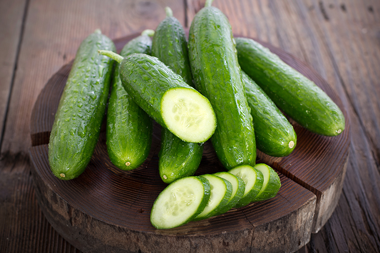 Foods That Reduce Bloating-Cucumbers