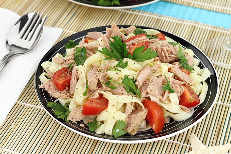 Get Flat Abs with-Tuna pasta salad