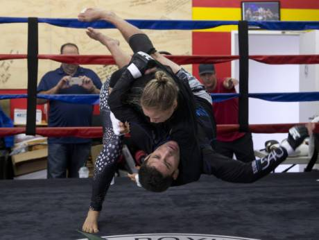 10-Ronda Rousey Slam in Ring fitness training and sparring