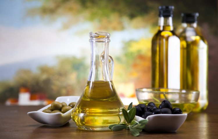 Delicious and Healthy Foods -Olive-Oil
