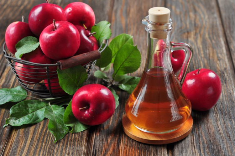 Delicious and Healthy Foods Apple-Cider-Vinegar